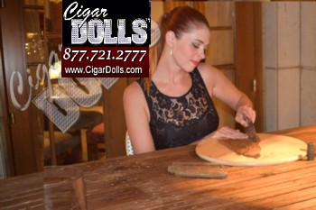 Female Cigar Roller Las Vegas